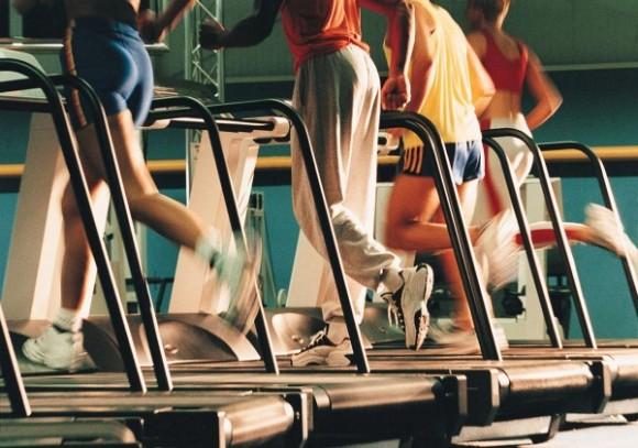 didelio intensyvumo aerobinių pratimų treniruotės pagerina širdies ir sveikatos būklę