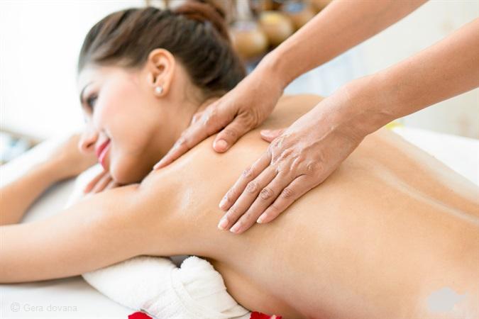 Vakuuminis nugaros masažas • Diaterapija