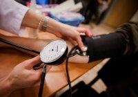 ar galima gerti flebodijas su hipertenzija