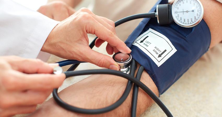 hipertenzija 2 šaukštai kas tai kokie pratimai neleidžiami sergant hipertenzija