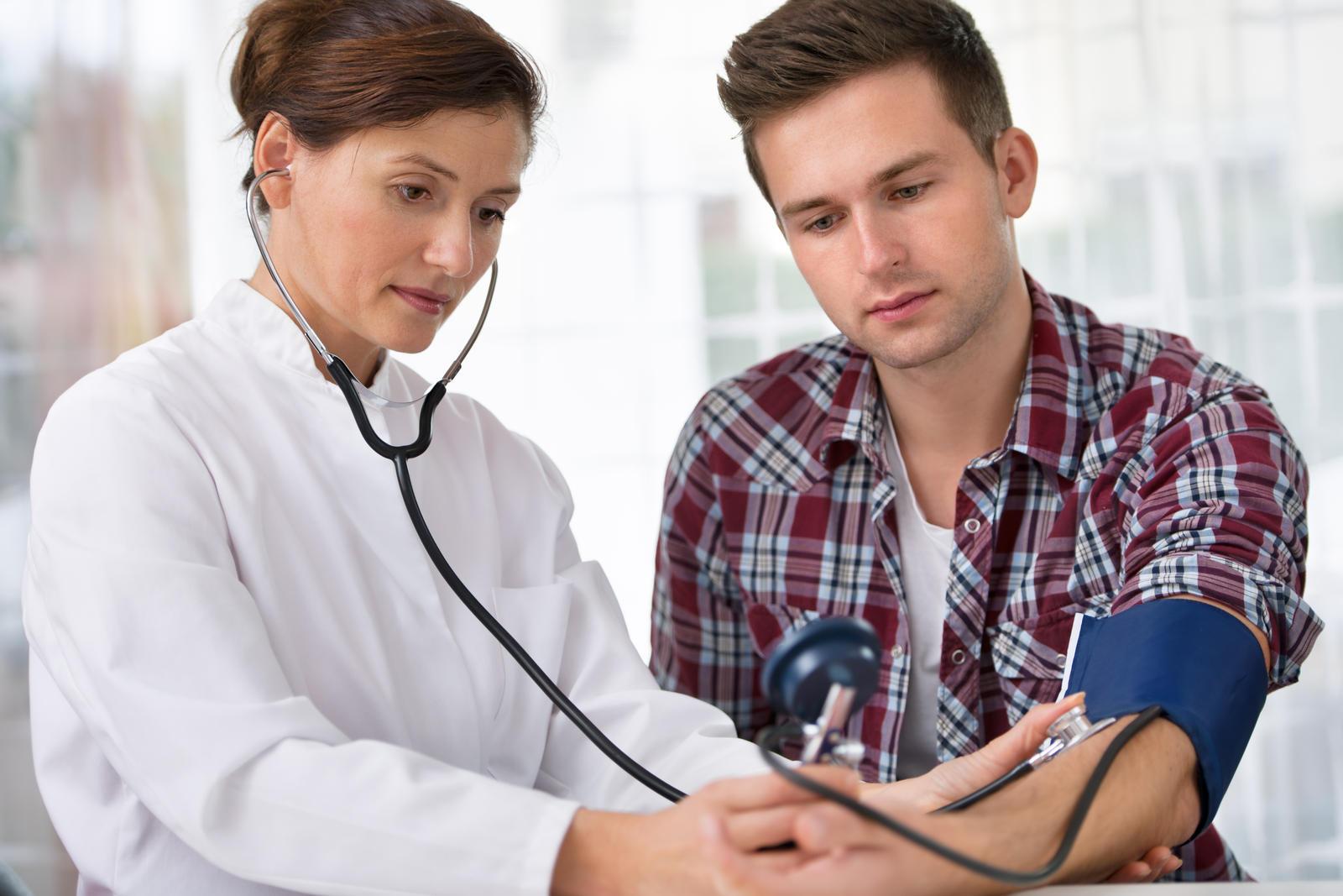skundai pažeidžiant hipertenziją