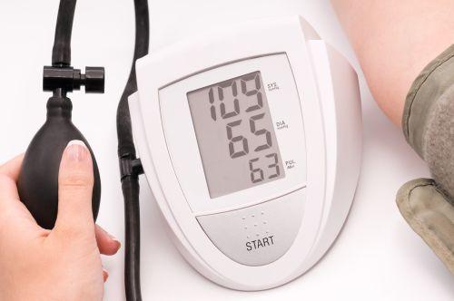 hipertenzijos vaistas vyresnio amžiaus žmonėms pavyzdiniai hipertenzijos gydymo režimai