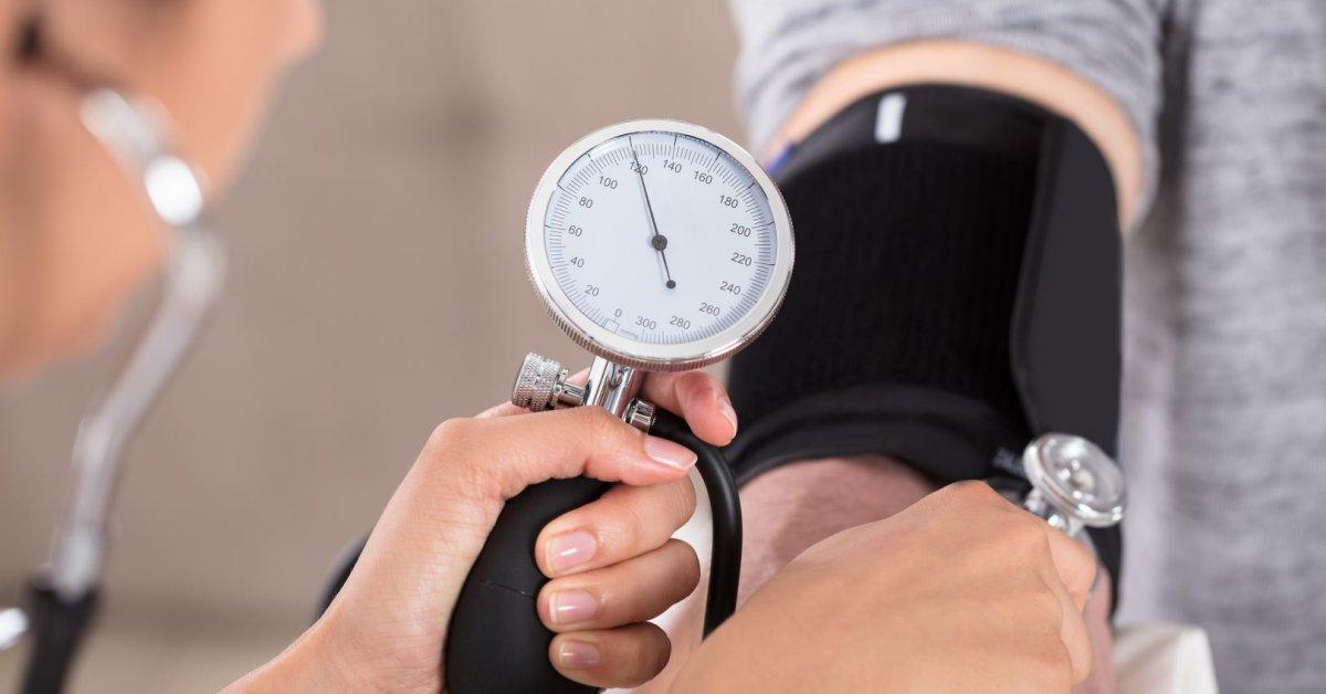 hipertenzija. mitybos terapija hipertenzijai gydyti Vaistas nuo kulno nuo hipertenzijos