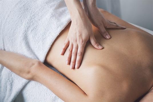 masažas gydant hipertenziją spanguolių sulčių širdies sveikata
