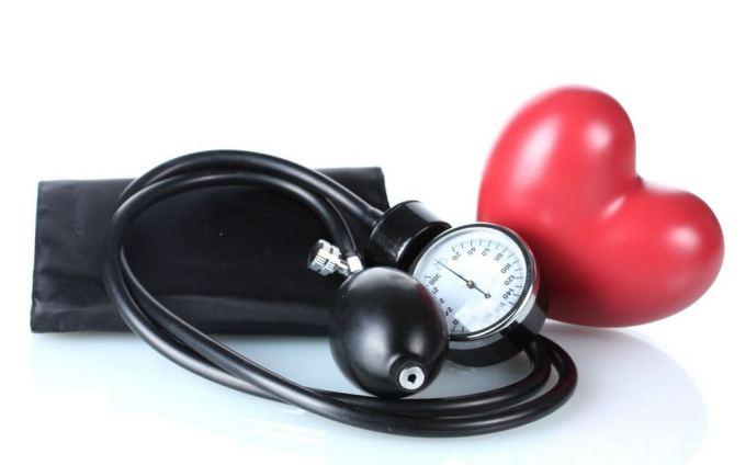nežinomos kilmės hipertenzija