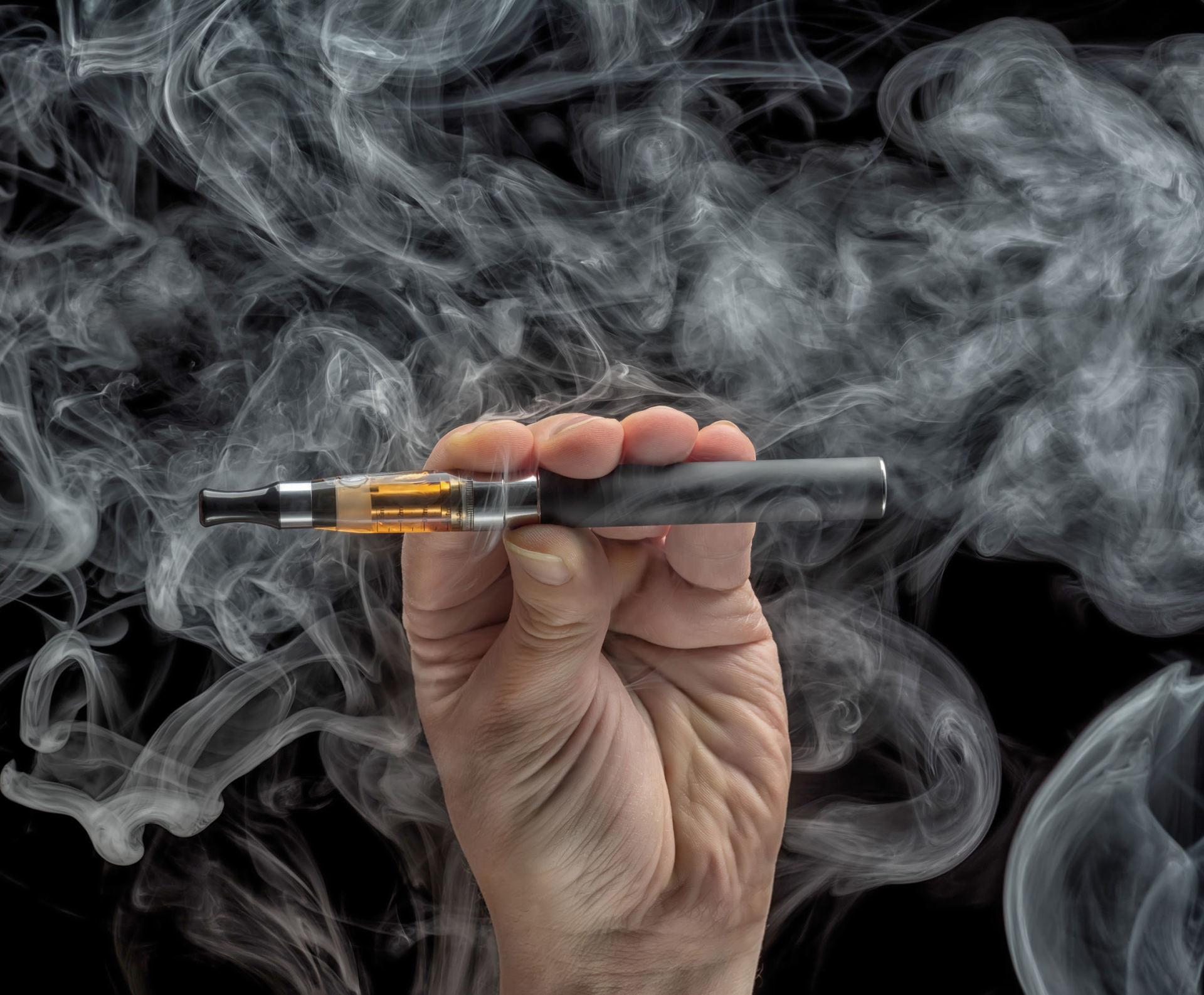 Įtariama pirmoji mirtis nuo Europos rinkoje pardavinėjamos elektroninės cigaretės