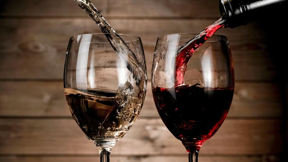 Naujausias tyrimas pritrenkė: gerti raudoną vyną – labai sveika | taf.lt