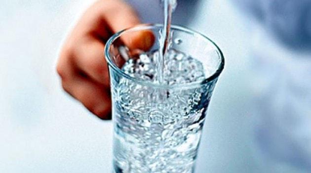 hipertenzija ir 2 litrai vandens hipertenzija kalcio gliukonatas