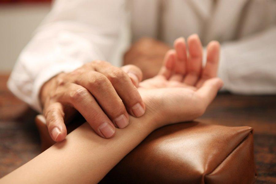 bradikardija lėta širdies ritmo sveikata hipertenzijos gydymas inkstų patologijoje